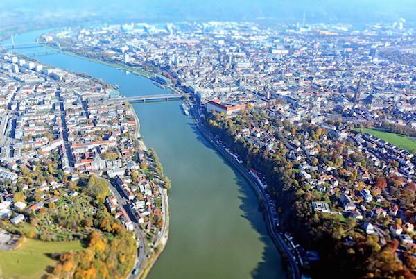 Bild 5:  Einer der Vorreiter beim Einsatz von BIM-Stadtplanungsmodellen ist Linz in Österreich, das seinen Bürgern alle Geodaten in 3D zur Verfügung stellt.