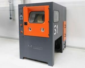 Kunststoffteile additiv fertigen und mit der Lösung von AM Solutions nachbearbeiten,