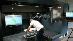 Linearachse für präzise Positionierung von 3D-Multisensor-Scanner