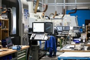 Steingross Feinmechanik: Fernüberwachung der Maschinen