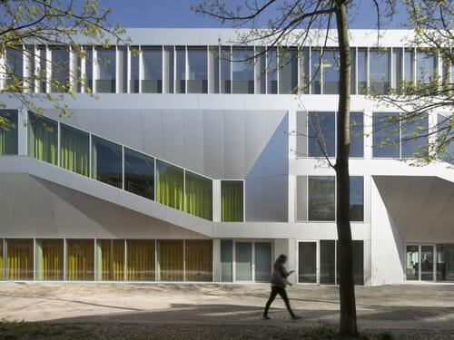fassadenpreis-vhf-2015_04-hoersaal-campus-center-universita-t-kassel_werner-huthmacher