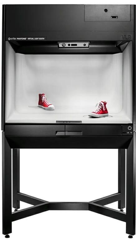 virtuallightbooth_sneaker-comparison