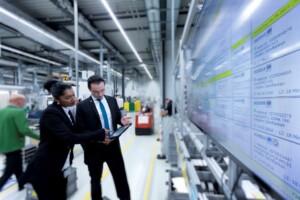 wittenstein_industrie_4punkt0_elektronische_plantafel_und_mobiles_produktionsmanagement