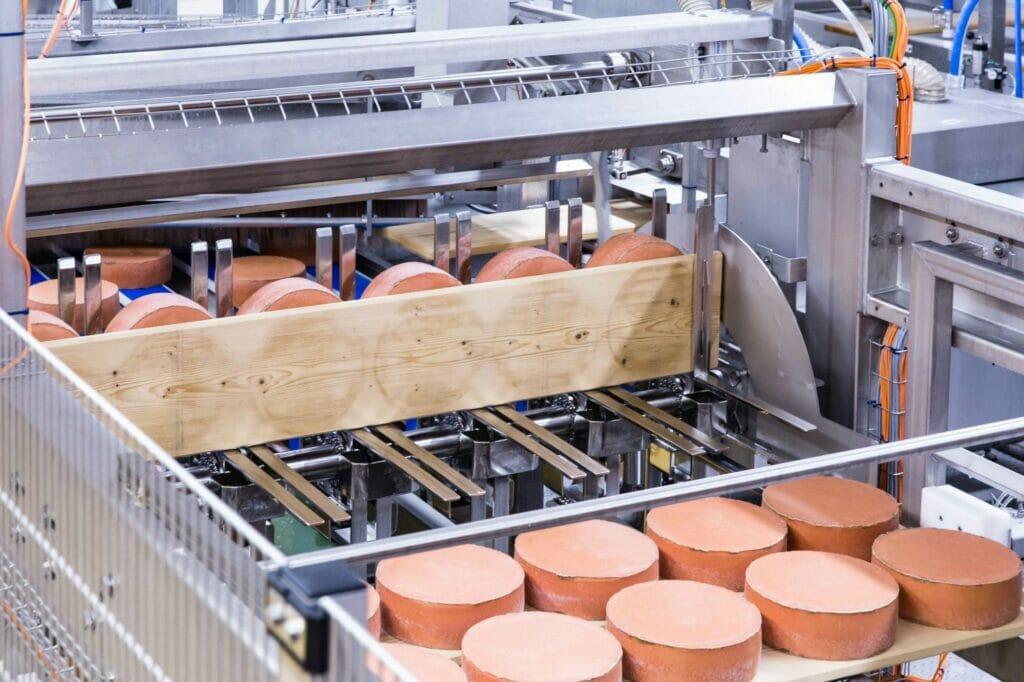 Frequenzumrichter für Käsepflegeanlage